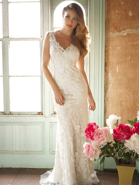 8800 by Allure Bridal from Lori G Derby