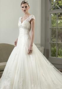 Bethany by Nicki Flynn from Lori G Bridal Derby Wedding Dress