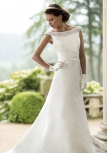 W124 by True Bride from derby wedding dress shop Lori G