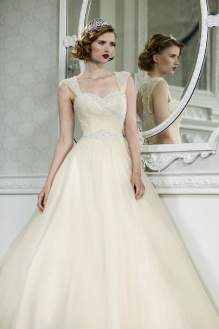 Lori G Wedding Dresses : Lori g wedding dresses dress maker