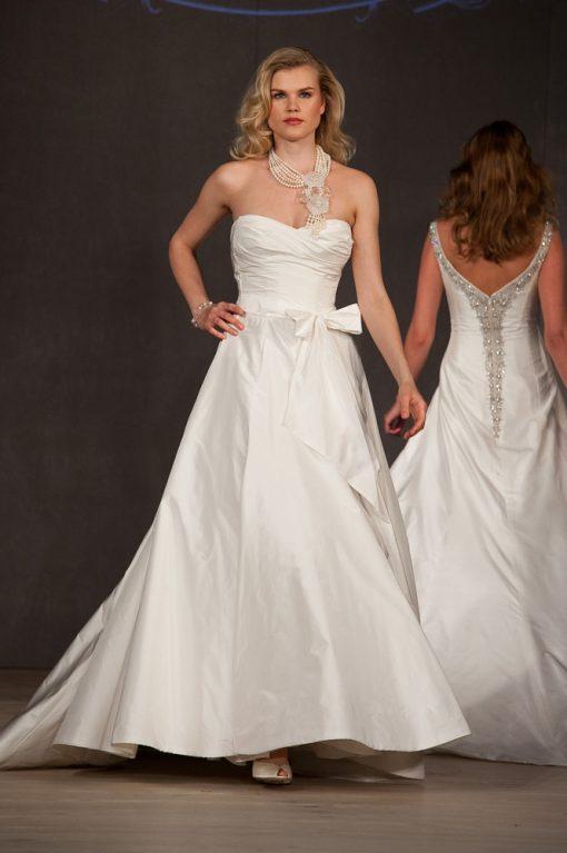 Pure sample sale Wedding Dress Lori G Derby