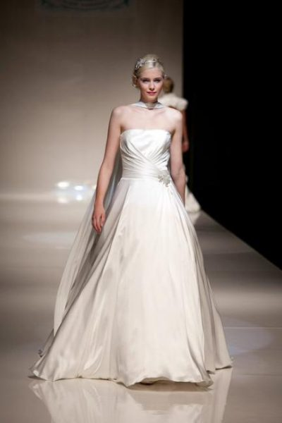 Sample Sale Wedding Dress From Lori G Valencia Allan Hannah