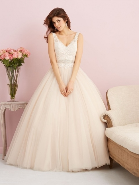 2750 by Allure Bridal from Lori G Bridal Derby