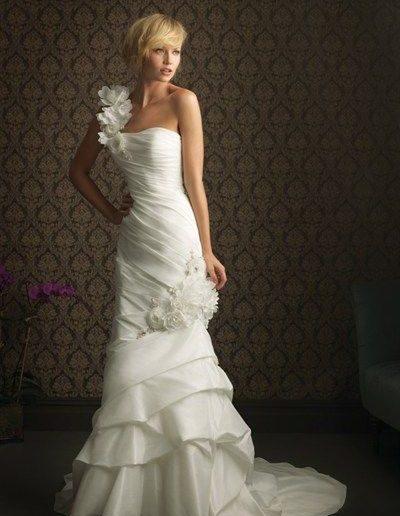 Allure 8760 lori G Bridal Derby