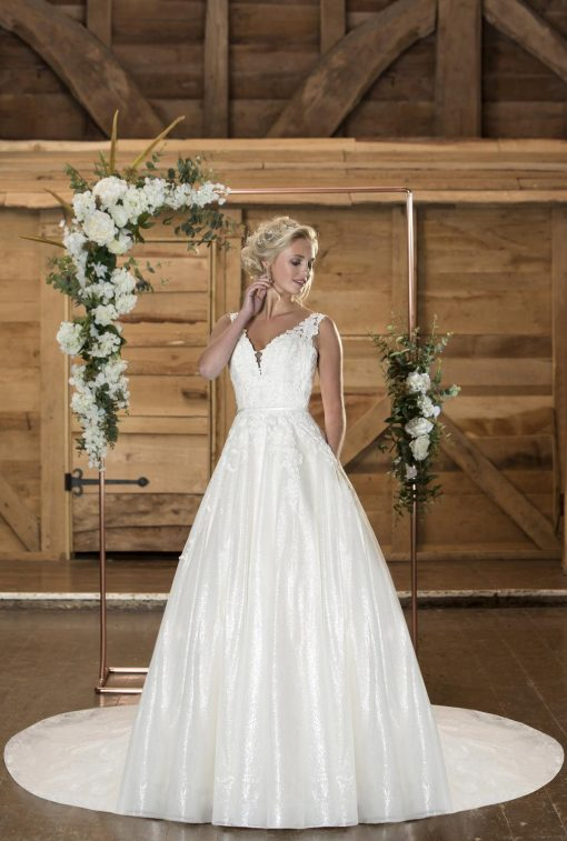 True Bride Lori G Derby wedding dress style Amelie w340