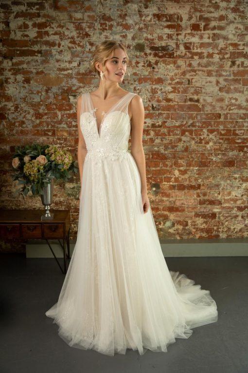 Goldie-W380-lori-g-bridal-derby-weding-dresses